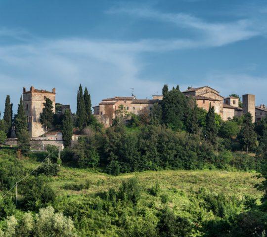Borgo di Castello di Serravalle